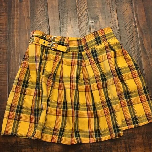 d75096946 Yellow Plaid Mini Skirt (Madison beer collab). M_5b5b6815d8a2c7d525169827